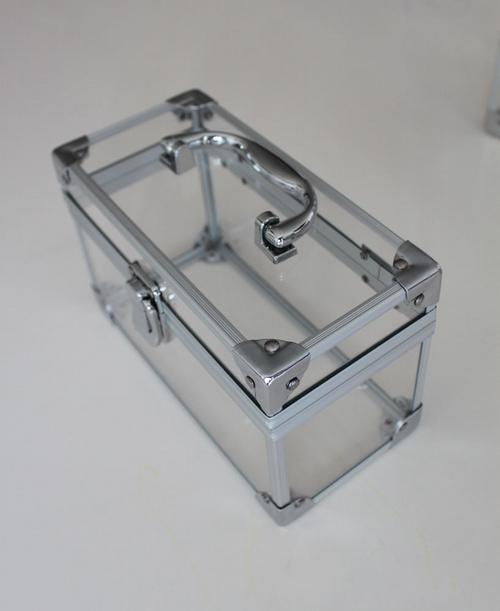 铝板厂家最新科技成果——透明铝 -第1张