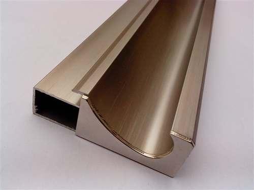 铝板厂家如何区别拉丝铝板和氧化铝板? -第1张